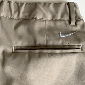 EUC Boys Nike M golf shorts. Adjustable waist!